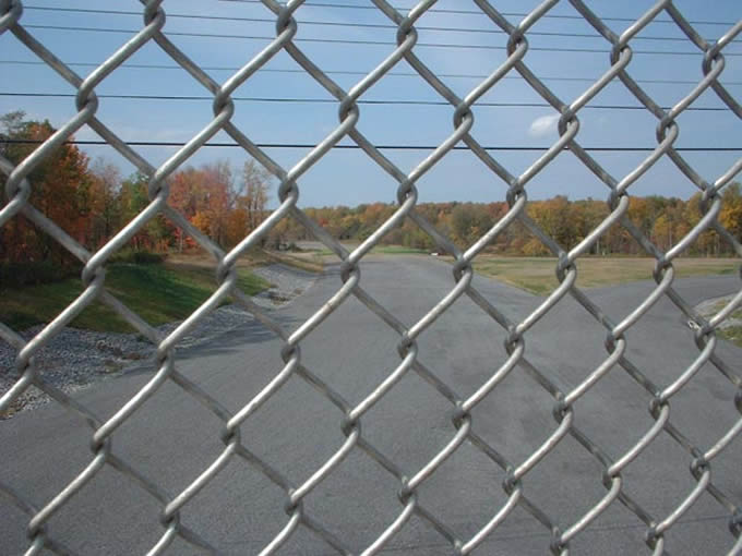 Diamond Mesh Fencing Steel Security Man